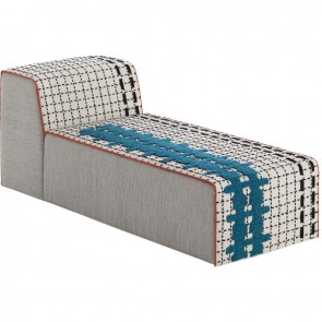 Puff Chaiselongue Bandas E White de Gan-Rugs en Tendenza Store